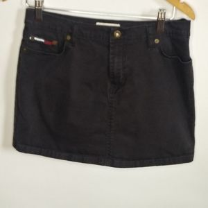 Women's Tommy Hilfiger skirt. size 5.